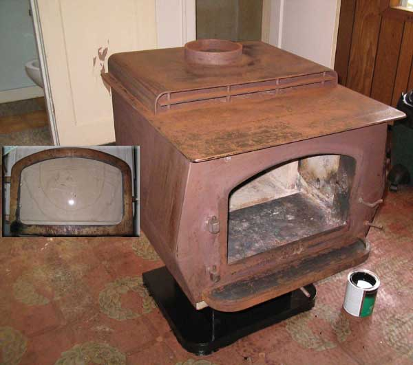 This stove was in such bad shape, we didn't realize the door was brass.